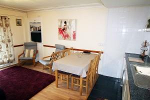 self-catering-apartment-arrochar