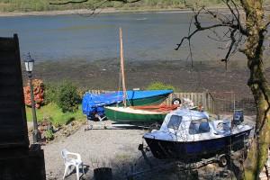 Boat-Launch-shore-arrochar