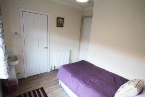 bedroom-arrochar-apartment