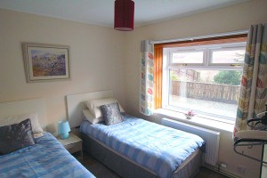 twin-bedroom-arrochar-apartment